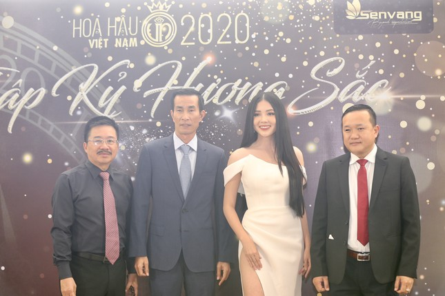 Truyền hình trực tiếp Chung kết toàn quốc Hoa hậu Việt Nam 2020 trên sóng VTV3 ảnh 11