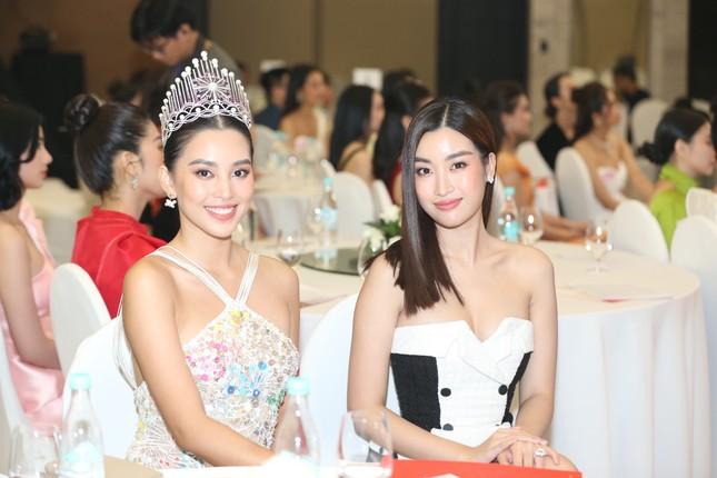 Truyền hình trực tiếp Chung kết toàn quốc Hoa hậu Việt Nam 2020 trên sóng VTV3 ảnh 40