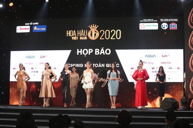 Truyền hình trực tiếp Chung kết toàn quốc Hoa hậu Việt Nam 2020 trên sóng VTV3 ảnh 25