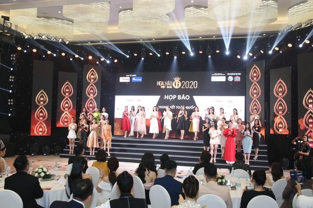 Truyền hình trực tiếp Chung kết toàn quốc Hoa hậu Việt Nam 2020 trên sóng VTV3 ảnh 27
