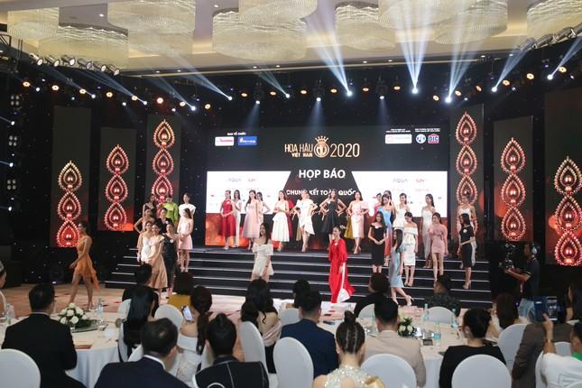 Truyền hình trực tiếp Chung kết toàn quốc Hoa hậu Việt Nam 2020 trên sóng VTV3 ảnh 26