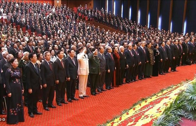 Tổng Bí thư, Chủ tịch nước: 'Không thế lực nào có thể ngăn cản nổi dân tộc ta đi lên' ảnh 7