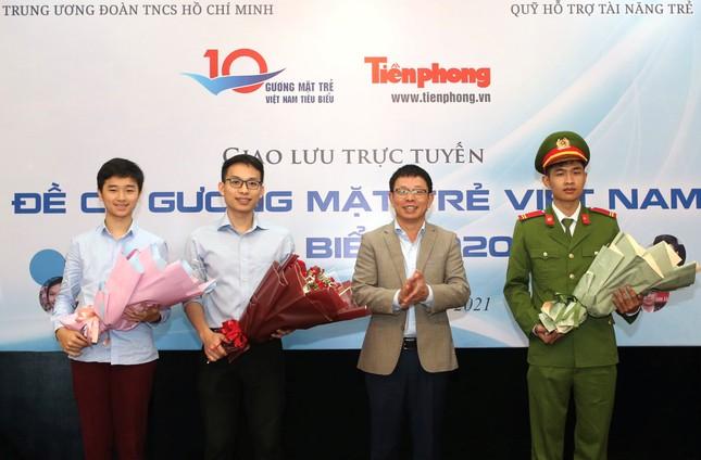Giao lưu trực tuyến 5 đề cử Gương mặt trẻ Việt Nam tiêu biểu 2020 ảnh 9