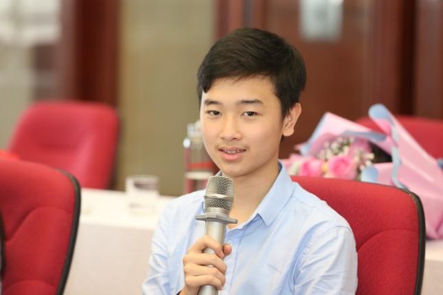 Giao lưu trực tuyến 5 đề cử Gương mặt trẻ Việt Nam tiêu biểu 2020 ảnh 23