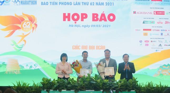 Tiền Phong Marathon 2021 - Giấc mơ đại ngàn ảnh 37