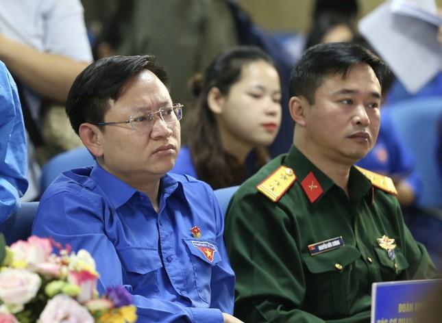 Thanh niên Việt Nam - Vững tin tiếp bước ảnh 8