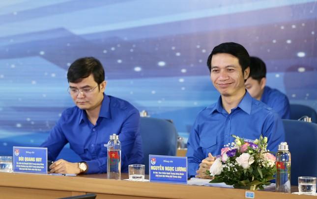 Thanh niên Việt Nam - Vững tin tiếp bước ảnh 7