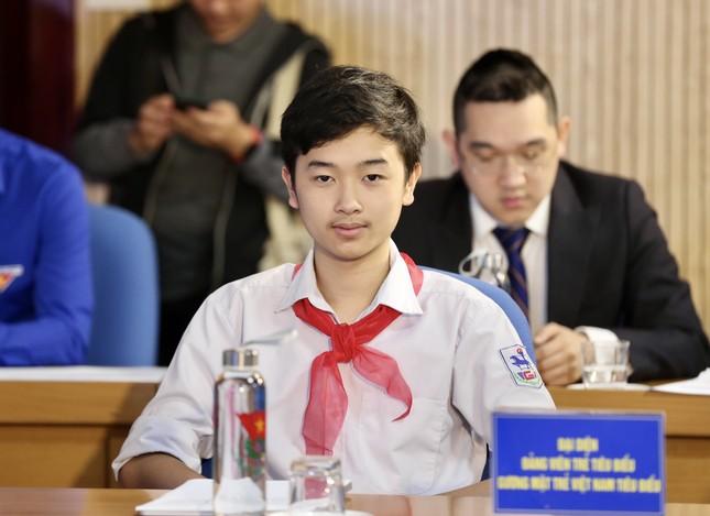 Thanh niên Việt Nam - Vững tin tiếp bước ảnh 9