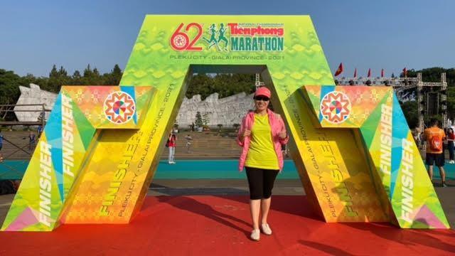 Tiền Phong Marathon 2021: Quảng trường Đại Đoàn Kết sôi động trước giờ G ảnh 14
