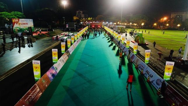Hồng Lệ vô địch cự ly 42,195 km ảnh 109