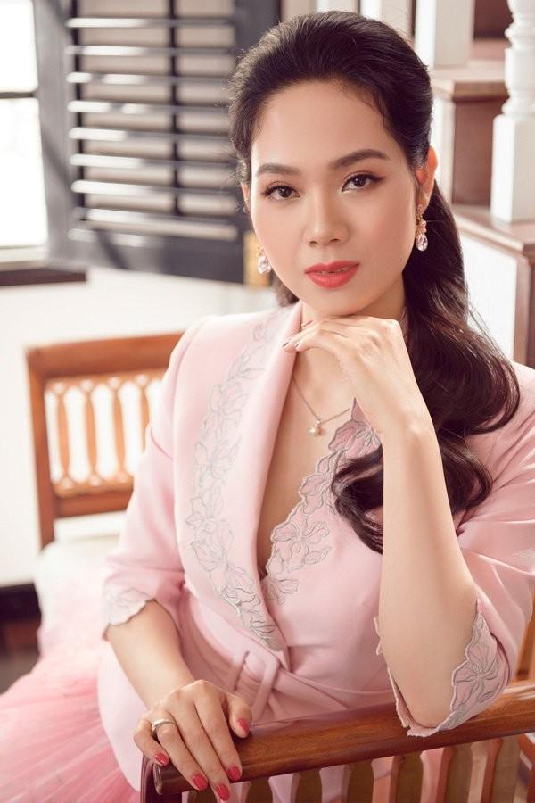 Hoa hậu Việt Nam đầu tiên thi Miss World và là người đẹp kín tiếng nhất dàn hậu ảnh 6