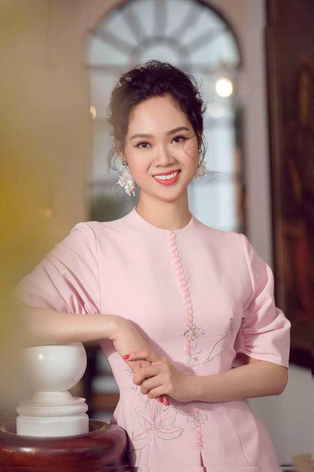 Hoa hậu Việt Nam đầu tiên thi Miss World và là người đẹp kín tiếng nhất dàn hậu ảnh 8