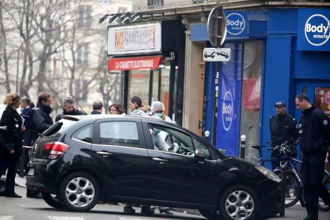 [ẢNH] Hiện trường vụ thảm sát kinh hoàng tòa báo ở Pháp ảnh 3