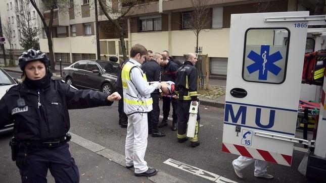 [ẢNH] Hiện trường vụ thảm sát kinh hoàng tòa báo ở Pháp ảnh 10