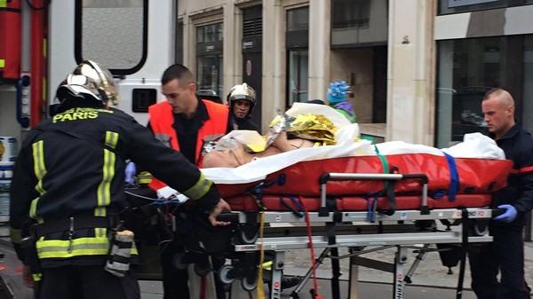 [ẢNH] Hiện trường vụ thảm sát kinh hoàng tòa báo ở Pháp ảnh 9