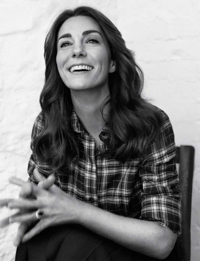 Hình ảnh khác lạ của công nương Kate Middleton ảnh 8