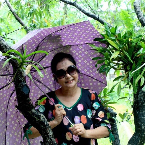Ni cô Huyền Trang 'Biệt động Sài Gòn' sau gần 4 thập niên giờ ra sao? ảnh 5