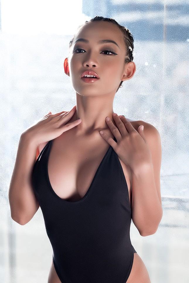 DJ King Lady 'tim muốn bay khỏi lồng ngực' khi chơi mở màn Gala mừng U23 ảnh 5