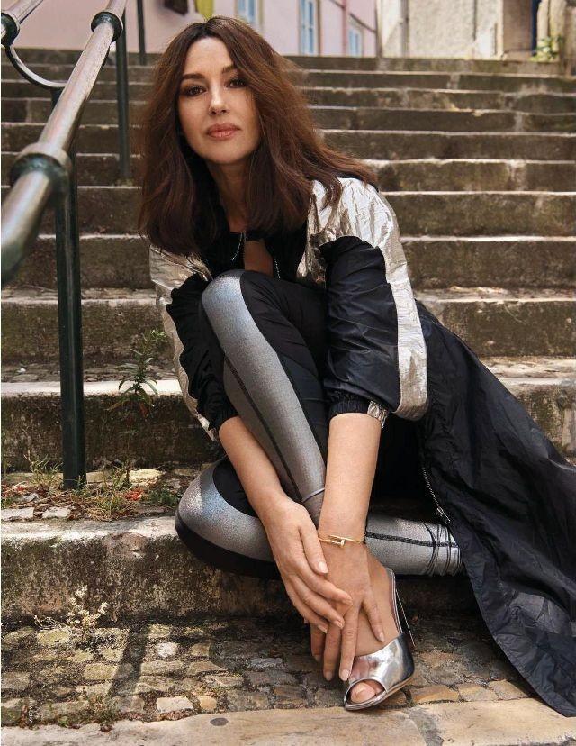 Người đàn bà đẹp nước Ý Monica Bellucci khoe nhan sắc không tuổi ảnh 11