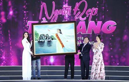 Người đẹp Thời trang và chung khảo Người đẹp Tài năng HHVN 2018 ảnh 20