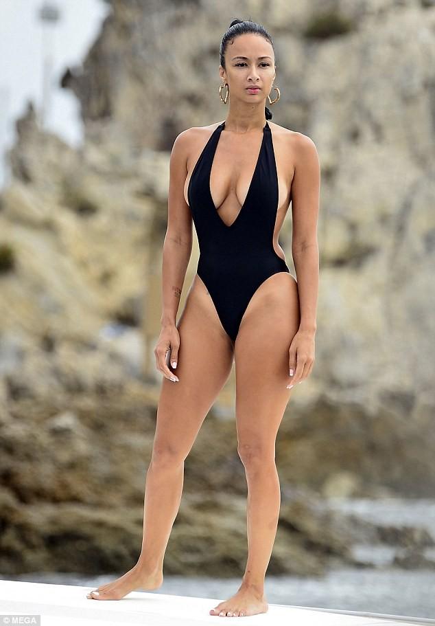 Mỹ nhân da màu Draya Michele khoe body 'nảy lửa' ảnh 2