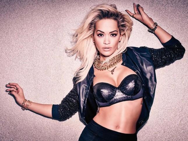 Rita Ora thả dáng nóng 'bỏng mắt' với nội y ảnh 1