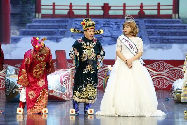 NSƯT Công Lý nói gì khi MC Tùng Leo 'tố' vai cô Đẩu đụng chạm LGBT? ảnh 3