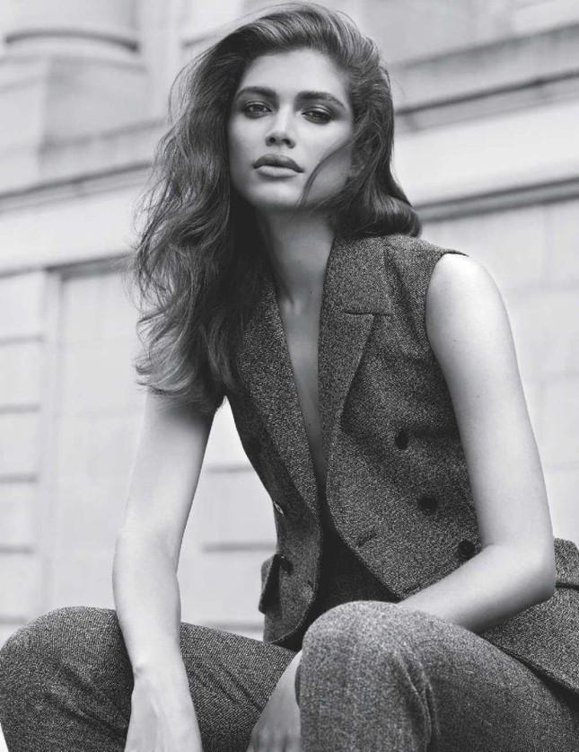 Vóc dáng gợi cảm đầy mê hoặc của người mẫu chuyển giới Valentina Sampaio ảnh 8
