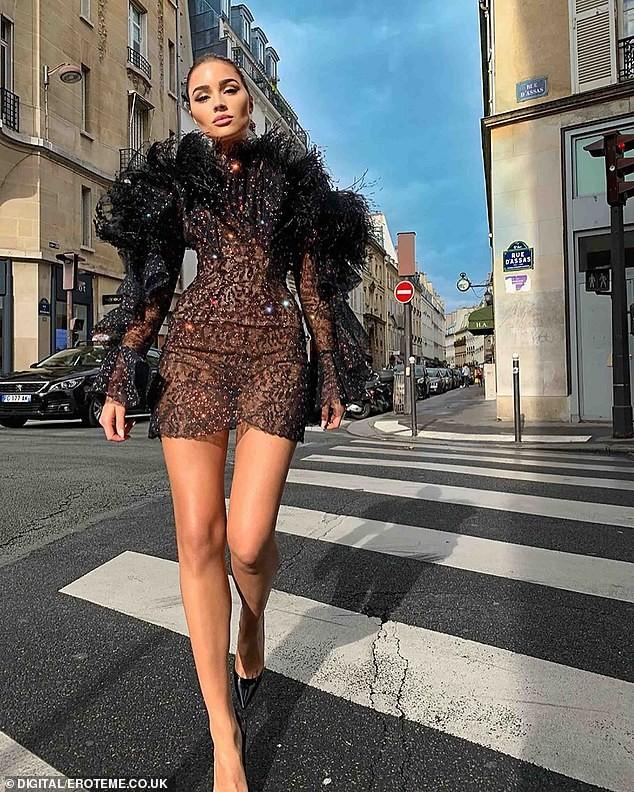 Mê mẩn ngắm đường cong hoàn hảo của Hoa hậu hoàn vũ Olivia Culpo ảnh 9