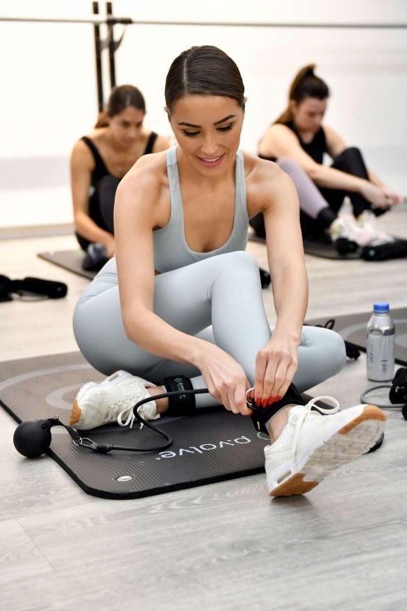 Mê mẩn ngắm đường cong hoàn hảo của Hoa hậu hoàn vũ Olivia Culpo ảnh 2