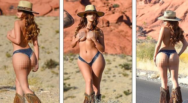 Demi Rose lại cởi đồ, chụp ảnh bán nude khoe đường cong 'chết người' ảnh 7