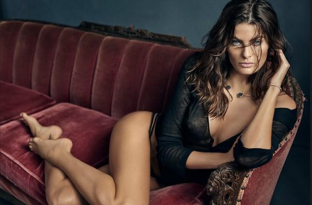 Mê mẩn ngắm vóc dáng tuyệt mỹ của siêu mẫu Brazil Isabeli Fontana ảnh 10