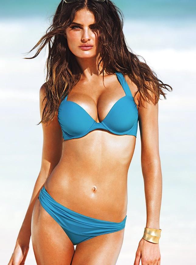 Mê mẩn ngắm vóc dáng tuyệt mỹ của siêu mẫu Brazil Isabeli Fontana ảnh 11