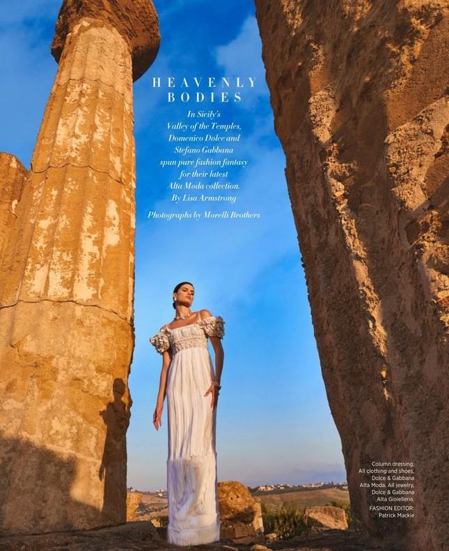 Mê mẩn ngắm vóc dáng tuyệt mỹ của siêu mẫu Brazil Isabeli Fontana ảnh 5