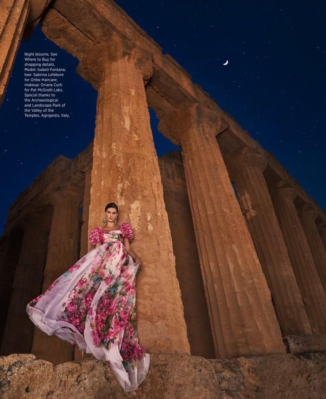 Mê mẩn ngắm vóc dáng tuyệt mỹ của siêu mẫu Brazil Isabeli Fontana ảnh 3