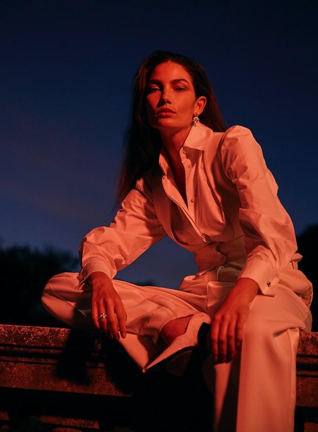 'Thiên thần nội y' Lily Aldridge khoe nhan sắc đẹp không 'góc chết' trên tạp chí ảnh 3