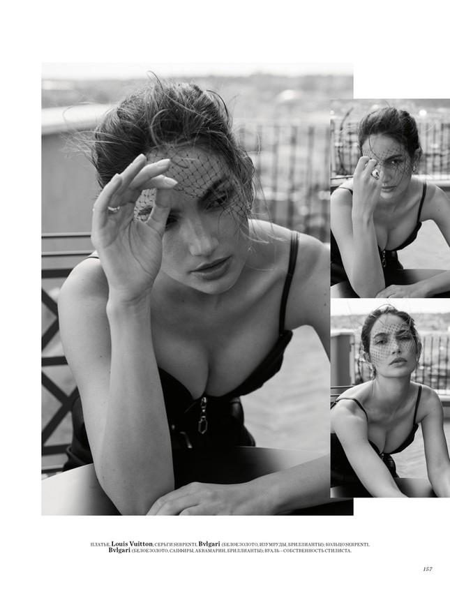 'Thiên thần nội y' Lily Aldridge khoe nhan sắc đẹp không 'góc chết' trên tạp chí ảnh 8