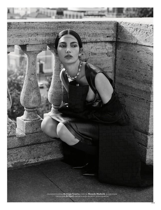 'Thiên thần nội y' Lily Aldridge khoe nhan sắc đẹp không 'góc chết' trên tạp chí ảnh 10