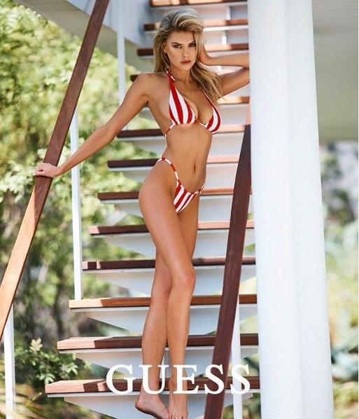 'Biểu tượng gợi cảm' nước Mỹ nảy nở gợi cảm với bikini ảnh 7