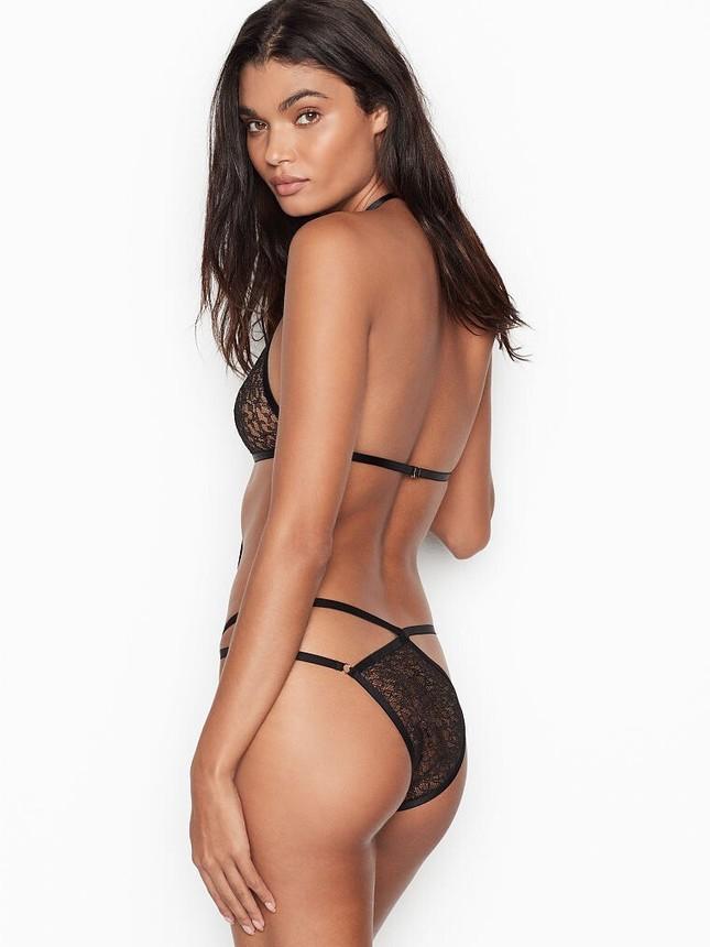 Vẻ quyến rũ đàn bà mê đắm của siêu mẫu nội y Daniela Braga ảnh 3