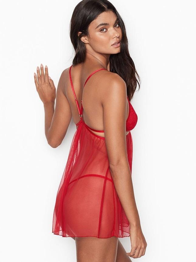 Vẻ quyến rũ đàn bà mê đắm của siêu mẫu nội y Daniela Braga ảnh 10