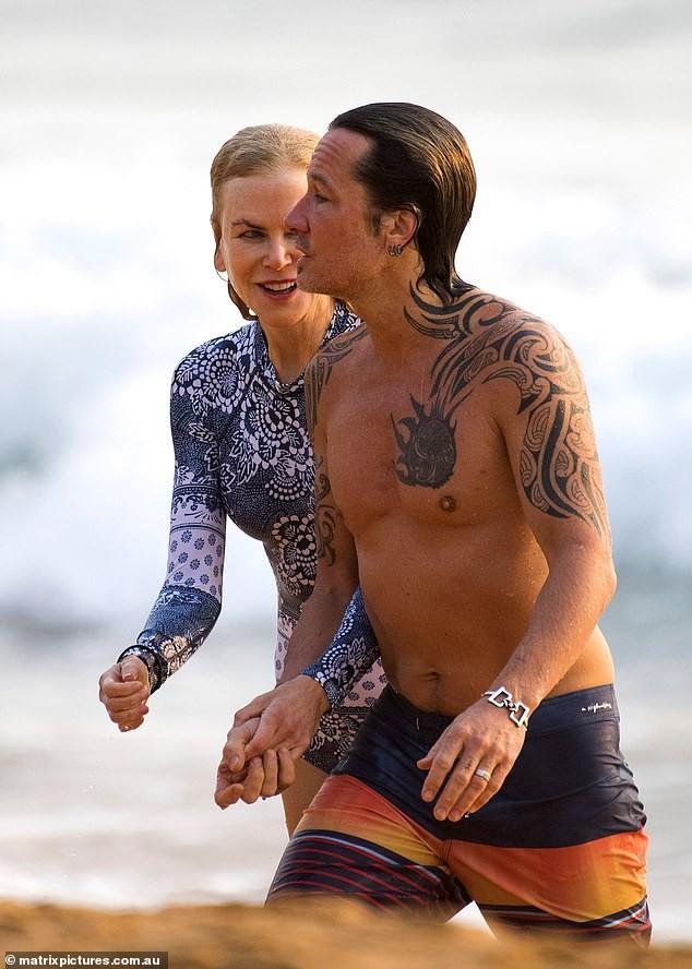 'Thiên nga nước Úc' Nicole Kidman đi nghỉ hạnh phúc bên chồng ảnh 7