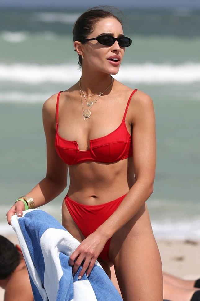 Hoa hậu Olivia Culpo phô đường cong đẹp như tạc tượng với bikini ảnh 6