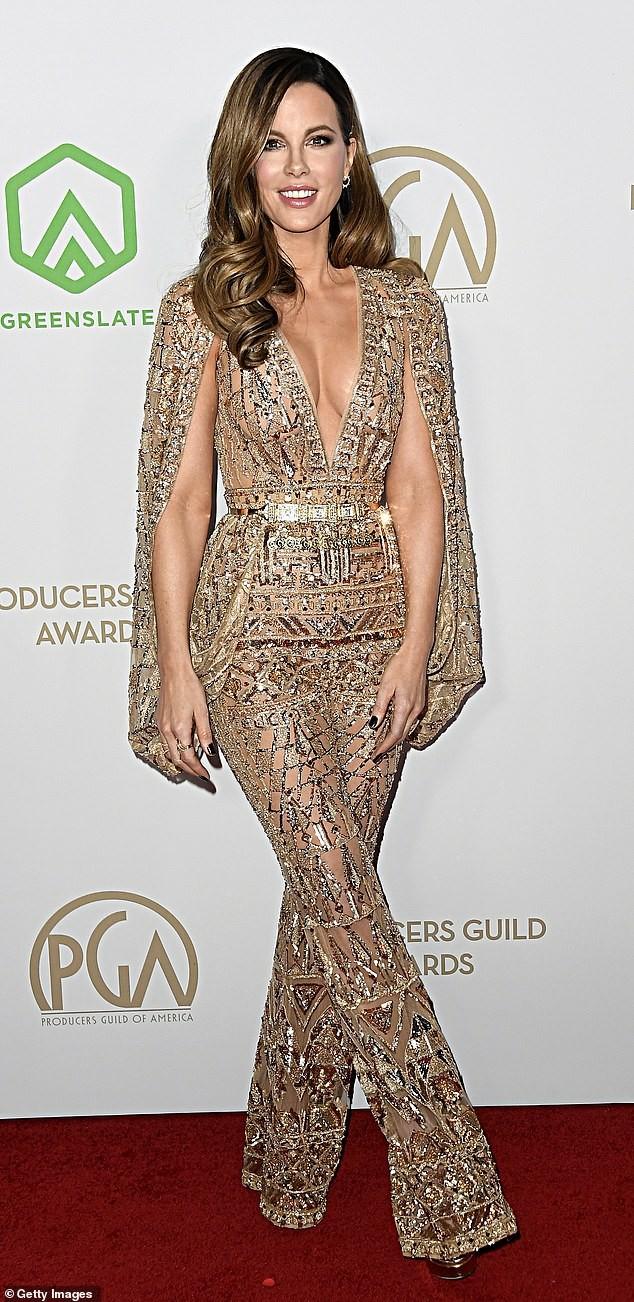 Mỹ nhân U50 Kate Beckinsale khoe ngực đầy với váy xuyên thấu, không nội y ảnh 1