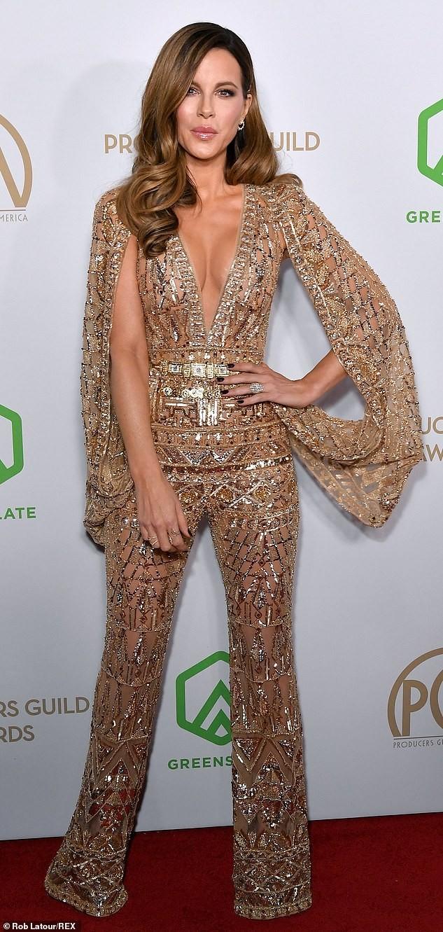 Mỹ nhân U50 Kate Beckinsale khoe ngực đầy với váy xuyên thấu, không nội y ảnh 3