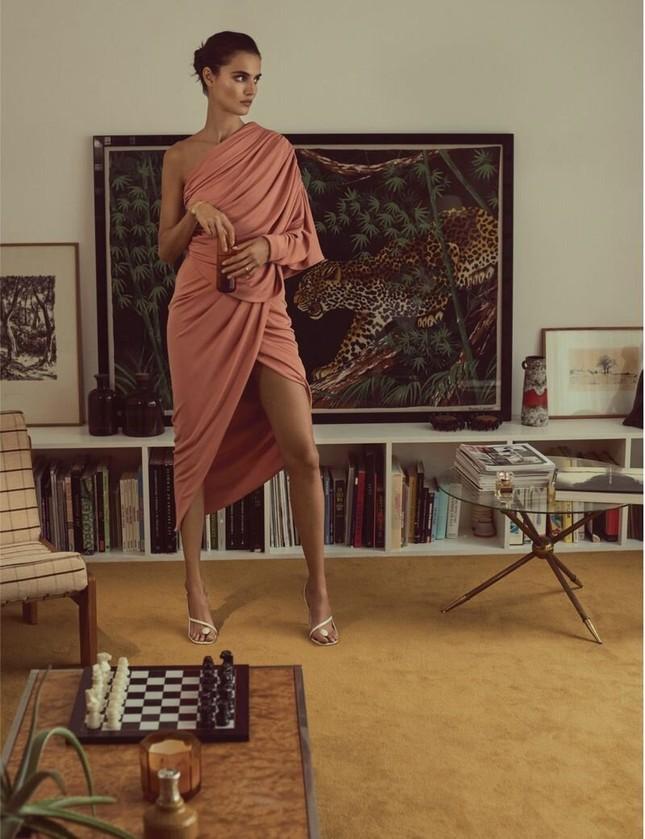 Mê mẩn ngắm vóc dáng đẹp như tạc tượng của nàng mẫu Blanca Padilla ảnh 7