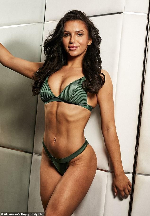 Alexandra Cane thả dáng cực 'bốc lửa' với bikini ảnh 8