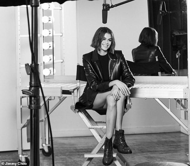 Con gái siêu mẫu của Cindy Crawford gợi cảm mơn mởn ở tuổi 18 ảnh 4
