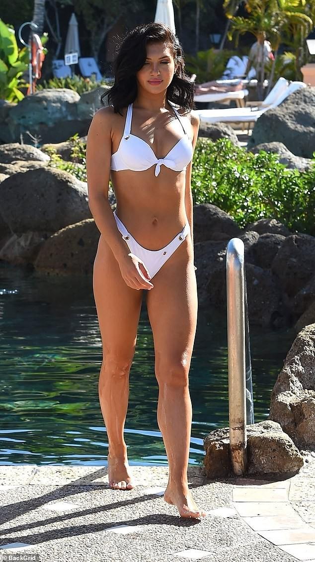 Alexandra Cane thả dáng cực 'bốc lửa' với bikini ảnh 3