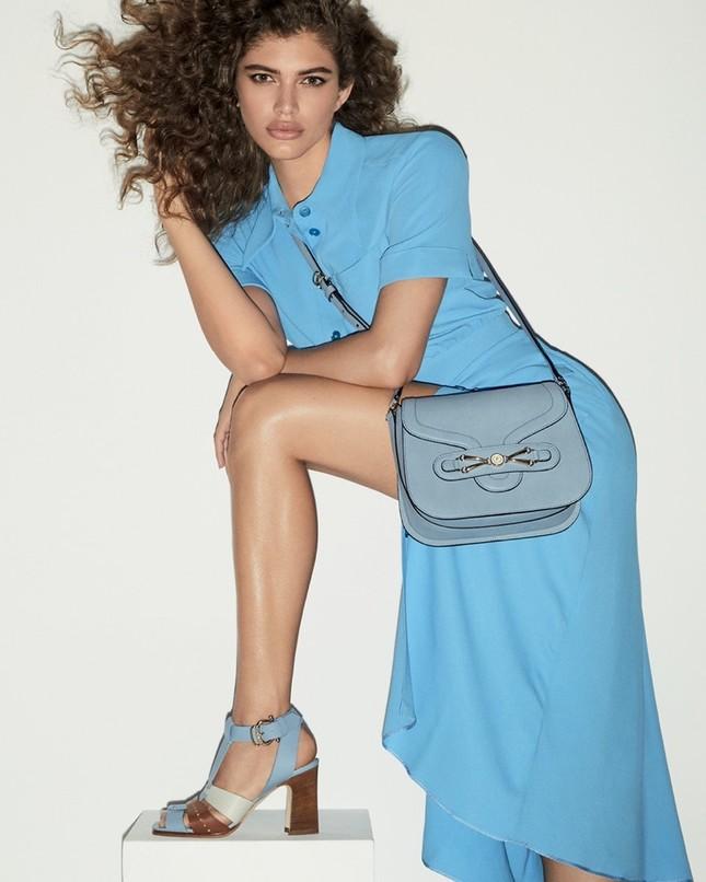 Vóc dáng đẹp đáng ngưỡng mộ của người mẫu chuyển giới Valentina Sampaio ảnh 1